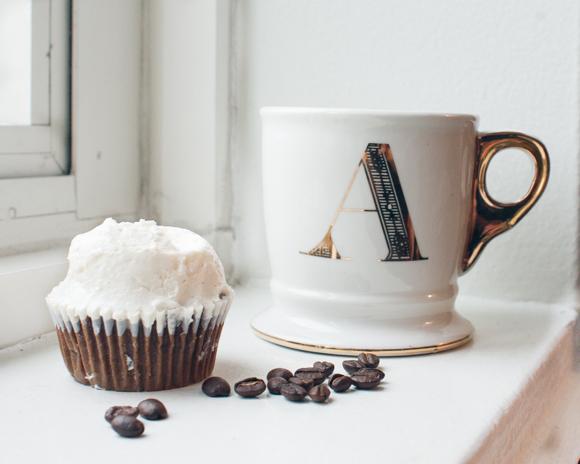 booskerdoo coffe co 2013 festivus blend with magnolia cupcake and anthropologie gold monogram mug