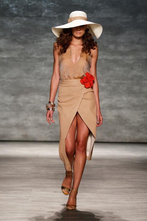 Georgine Spring 2015   New York Fashion Week