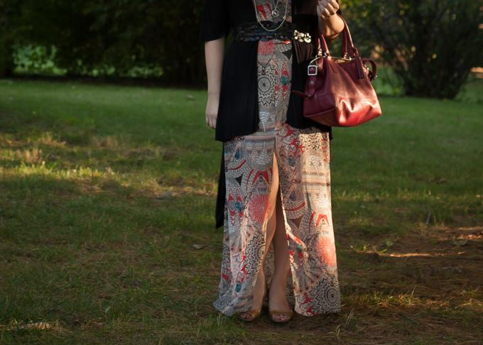 How to wear a light summer maxi dress during fall